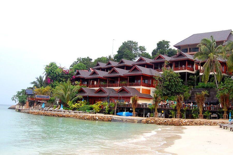 Берег острова Панган