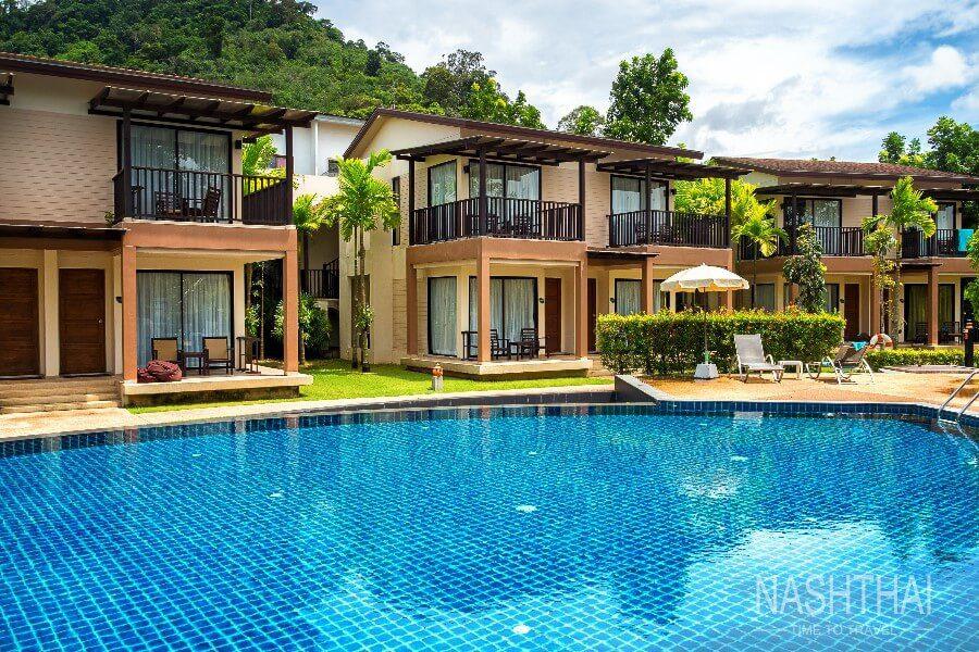 Небольшой отель в Тае